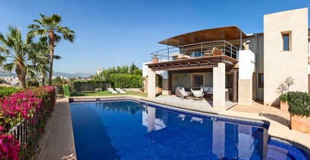 Exclusive villa in Costa Blanca